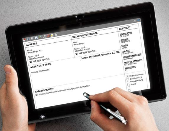 Handwerkersoftware: Mobiler Service von Moser mit mobilem Arbeitszettel auf einem Tablet PC