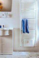 Designheizkörper, Fußbodenerwärmung, Heizkörper,Vorlauf, Rücklauf, Badheizkörper, Sanitärfarben, Wärmebedarf
