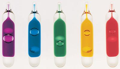Sprinkler, Brandschutz, Sprinkleranlagen, Feuer, Wasser, Rohrnetz, Nassanlagen, thermische Sensoren, Glasfässchen, Glaskörper, Raumtemperatur, Brandeinwirkung, Sprinklerfässchen, Auslösetemperatur