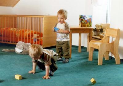 Bodenbelag, Bodenbeläge, fest verklebte Bodenbeläge, Teppich, Bodenbelagsklebstoffe, Dispersionsklebstoffe, textile Beläge, Linoleum, PVC, Kautschuk, Klebstoffe, Teppichböden