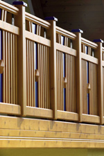 Balkon, Balkongeländer, Vakuumverfahren, Holz, Holz-Balkon, Balkonhersteller, Zaunhersteller, Balkonbauer, Holz, Imprägnierungsschutz, VACU PROTECT, UV-Strahlen, Wind, Wetter, Pilz, Schädlingsbefall, Imprägnierung