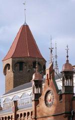 Kirchendach mit Mönch-Nonne-Deckung