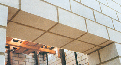 Fertigteilsturz, Türsturz, Fenstersturz, Flachstürze, Flachsturz, Fertigteilstürze, Fertigsturz, Türstürze, Fensterstürze, Mauerwerksbau, Rohbau, Mauerwerk, Mauerwerk, Stürze, Kalksandsteinen, Sichtmauerwerk
