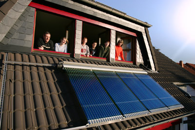 Vakuumröhrenkollektor, Solarwärmeanlage, Röhrenkollektor, Vakuumröhrenkollektoren, Solarwärmekollektoren, Solarwärmekollektor, Solarkollektoren, Solarkollektor, Sonnenkollektoren, Sonnenkollektor, Evacuated Tube Collector, Heizungsunterstützung