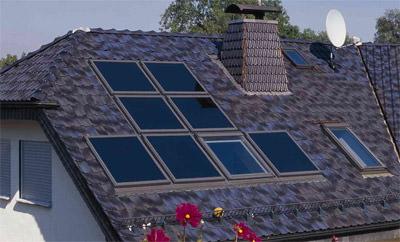 Indach-Solarsysteme, Indachmontage, Solartechnik, Solaranlagen, Solarthermie, Thermokollektoren, Solarmodule, Photovoltaik, Solarmodul, Solarwärme, Solarzellen, Dachpfannen, Schiefer, Titanzink, Dacheindeckung, Dach, Solarstrom