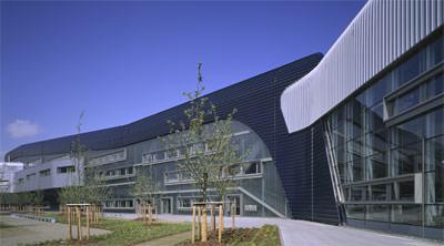 Metallfassade, Fassadenverkleidung, Alu-Fassade, Vorhangfassade, Fassadenbekleidung, BMW Werk, Fassade, Zaha Hadid, Deutscher Architekturpreis 2005
