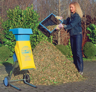 Garten, Gehölzschnitt, Häcksler, Kompost, Komposter, Gartenabfälle, Humuserde, Kompostieren