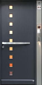 Hauseingang, Haustür, Haustür-Schlüssel, Haustür-Funktionssäule, Haustüröffner, Haustürbeschlag, Haustürbeschläge, Lichtschalter, Gegensprechanlage, Videoeinheit, Hauszutritt, Türenhersteller
