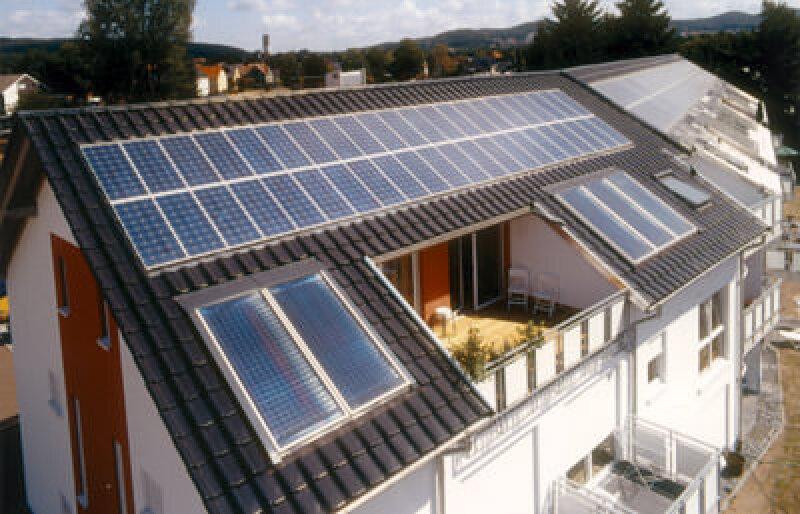 Solarstrom, Einspeisevergütung, Anschaffungskosten, Photovoltaik, Rendite, Erstellungskosten, Photovoltaikanlagen, Solarzellen, Solarstromanlagen, Solarmodule