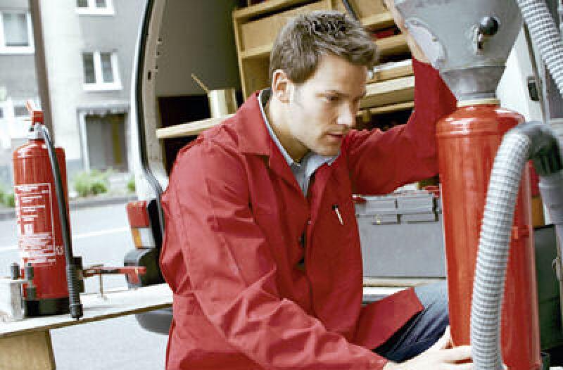 Arbeitsschutz, Arbeitsschutzgesetz, Feuerlöscher, vorbeugender Brandschutz, abwehrender Brandschutz, Brandschutz-Fachbetriebe