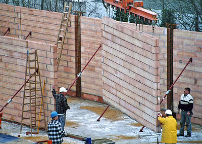 Unipor-Ziegel, Planziegel, Mittelbettziegel, Wärmeschutz, Mauerziegel, Ziegelmauerwerk, vorgefertigte Wandelemente, Wände, Ziegelstürze, Schallschutz, Blockziegel