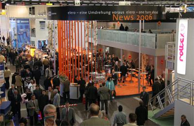 R+T, R + T, Fachmesse für Rolladen, Tore, Sonnenschutz, BVT-Torforum, BKTex-Forum, Architektentag, Fachbesucher