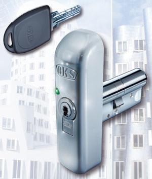 elektronische Zutrittskontrolle, Schließsystem, Zutrittskontrolle, Gretsch-Unitas, Wandkoppler, mechanischer Türzylinder, Wandleser, Unterputzleser, Transponder, Wiegandschnittstelle