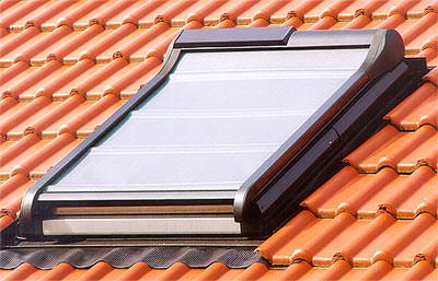 Außenmarkise für Dachfenster, Wohndachfenster, Dachflächenfenster, Marksien, Außenrollo, Außenmarkisen, Marksie, Außenrollos, Faltstor, Rollo, Rollos, Außenrollladen, Jalousette, Sonnenschutz