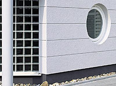 Fassadensockel, Schlagfestigkeit, Stoßfestigkeit, Gebäudesockel, Sockel, Fassade, Carbonfasern