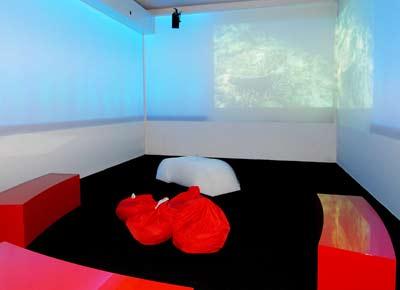Ultima Office, Büro der Zukunft, Future Office, Büromöbel, Akustik, Beleuchtung, Sprachsteuerung, Tisch, Stuhlhöhe