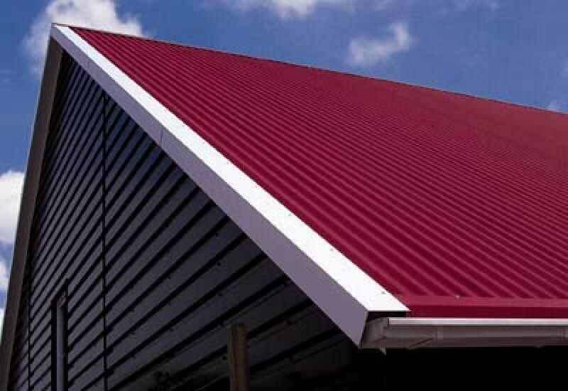 Wrinkle Beschichtung, Isowelle Dach, Sandwich-Platten, Metalldach, Sandwich-Elemente mit Polyurethan (PUR)-Hartschaumkern, Sandwich-Dach, Dacheindeckung, Sandwichelement, Dachziegel, Dachziegeloptik, Metalldächer