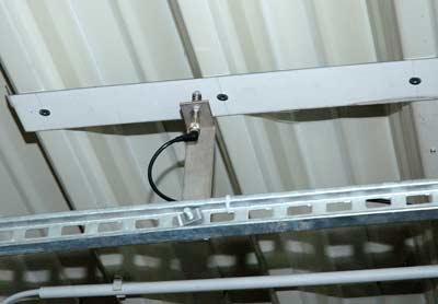 Dachkonstruktion, einsturzgefährdetes Dach, Schadensbilder, Hallendach, einsturzgefährdete Dächer, Durchbiegungen, Lichtschranke, Näherungsschalter