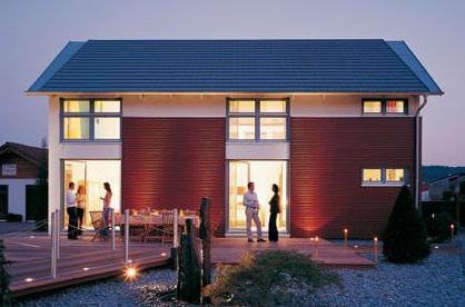 Fertighaus, Energiesparhaus, Drei-Liter-Haus, Energiesparen, Energiepreise, Wärmepumpe, Heizenergie, Lüften, Drei-Scheiben-Thermoverglasung, Wärmerückgewinnung, Fundamentplatte, Drei-Liter-Energiesparhaus, Thermoverglasung