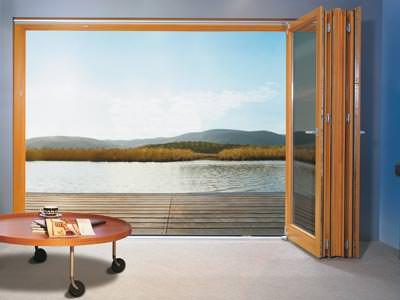 Falt-Schiebe-Tür, Falt-Tür, nach außen öffnende Fenster, Terrassentür, Fenstertür, Bodenschwelle, Fenstertüren