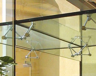 Glasarchitektur, Glas, Ganzglasfassaden, Glasfassade, Ganzglasfassade, großflächige Glasdächer, Befestigungstechnik, Glasbefestiger, Glasbauteile, Glashalter