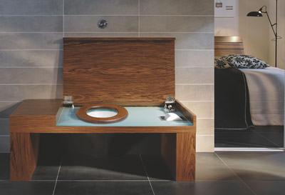 Villeroy & Boch, Keramiktoilette, Plumpsklo, Badezimmer, WC-Bank, Klo, Sitzmöbel, Badezimmerschrank, Badkollektion, Waschplatz, Waschtischunterschrank, Massagedüsen, Whirlpool, Badewanne