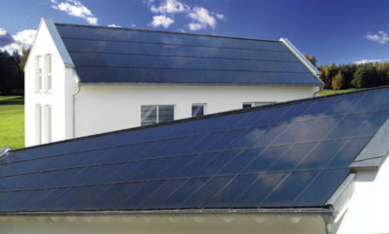 Solardach, Photovoltaik, CIS-Photovoltaikmodul, Würth Solar, photovoltaische Stromerzeugung, Dachintegration, CIS-Photovoltaikmodule, In-Dach-Lösung, Schindeltechnik