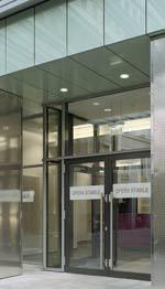 Fassaden, vorgehängte, hinterlüftete Fassade, Glasfassade, vorgehänge Fassade, Fassadensystem, Bautechnik, Paneele, Blähglasgranulat, Einscheibensicherheitsglas