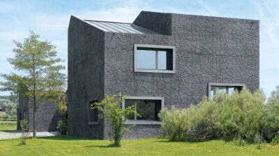 Wohnhaus mit Pferdestallungen im Mittelland von Schneider & Schneider Architekten