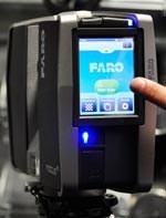 Über einen Touchscreen mit Farbdisplay lässt sich der Faro Focus3D vergleichbar einfach bedienen wie moderne Smartphones oder Digitalkameras.