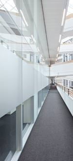 Trennwandsystem 2300 von Strähle im SPIEGEL-Hauptsitz