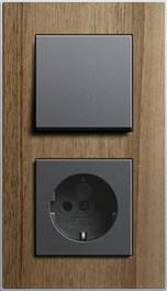 Furnierter Lichtschalter Foto: IFN/Gira Giersiepen GmbH