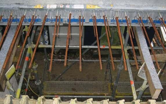 Fertige Balkonplatte mit integriertem Isokorb ID.