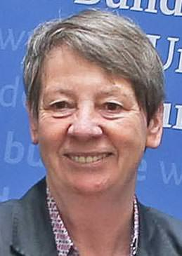 Dr. Barbara Hendricks