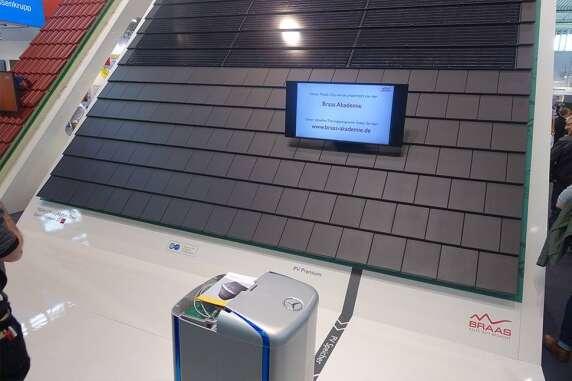 9/13: PV von Braas trifft auf Solarstromspeicher von Mercedes - exklusiv