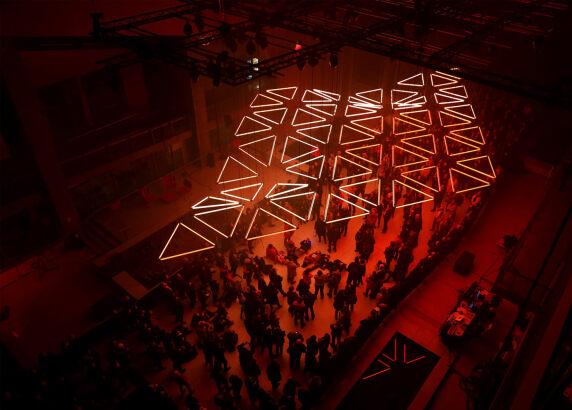 Vorschau: GRID Kinetische Licht und Sound Performance von Christopher Bauder und Robert Henke